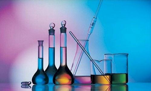 عروض بوربوينت مادة كمياء 4 مسار العلوم الطبيعيه نظام المقررات 1441