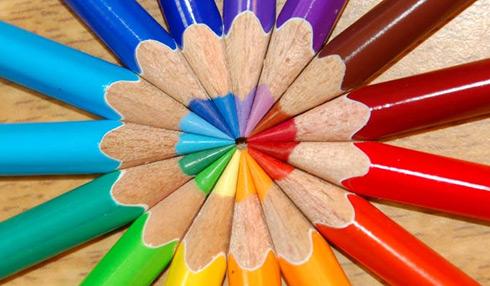 تحضير درس الفن التشكيلي المعاصر واستخدام الخامات المتعددة مادة التربية الفنية الصف الثالث المتوسط فصل دراسي