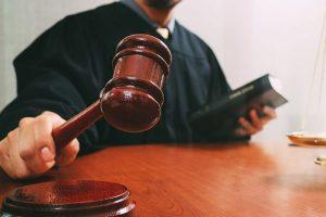 مهارات درس القانون ومكافحة التحرش مادة القانون فى حياتنا مقررات عام 1442هـ