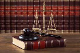 بوربوينت درس القانون والحماية من الإيذاء والعنف الأسري مادة القانون فى حياتنا مقررات عام 1442هـ
